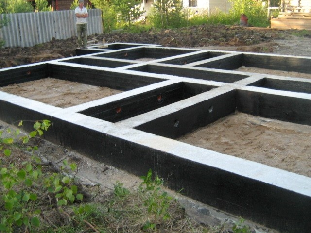 фундамент кирпичного двухэтажного дома