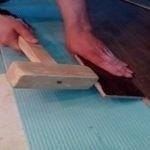 Пошаговая укладка ламината на пол из бетона, дерева, ОСБ