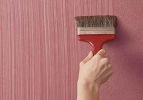 Кисточка не только инструмент для нанесения краски, но и для создания фактурной поверхности